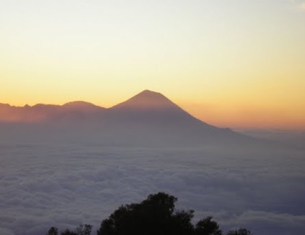 Jalur Pendakian Gunung Butak Via Panderman Yang Populer